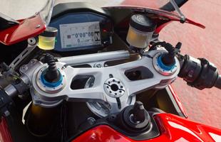 Ducati_1299_Panigale_S_-_03