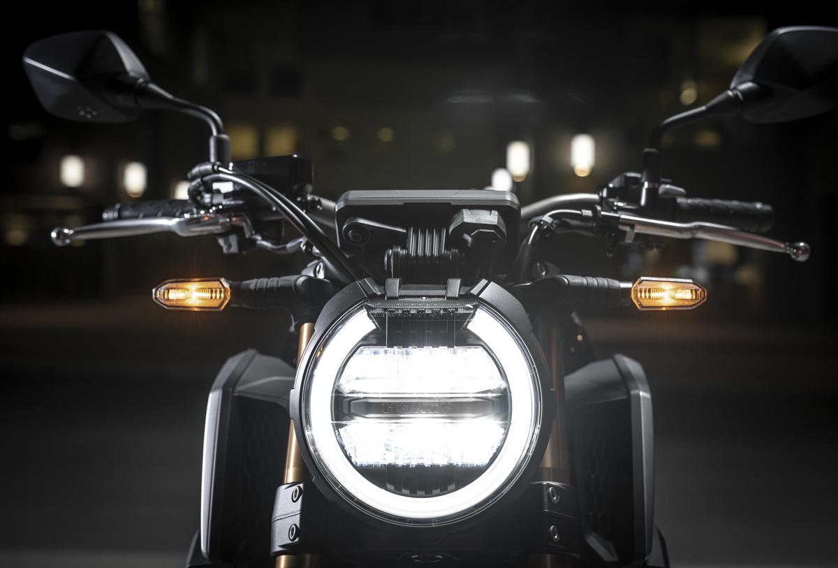Honda CB650R 2019 - 01