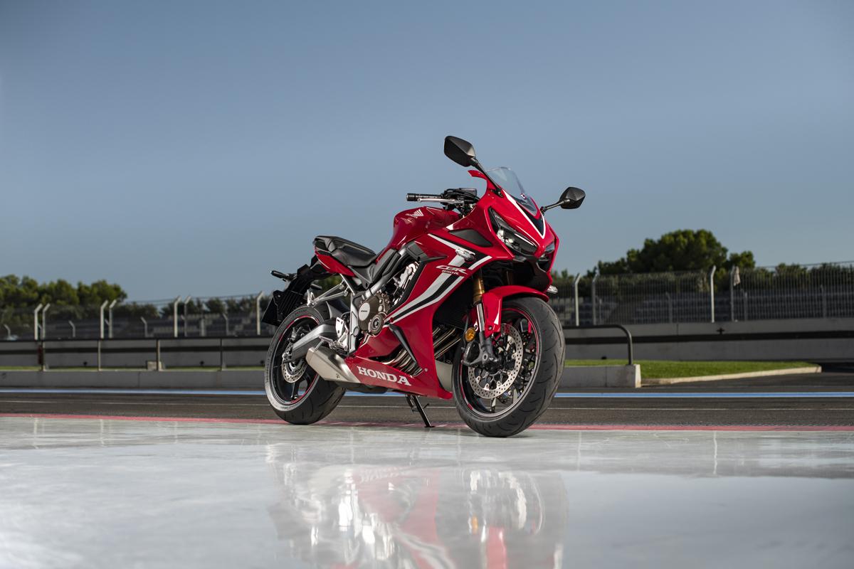 Honda CBR650R 2019 - 01